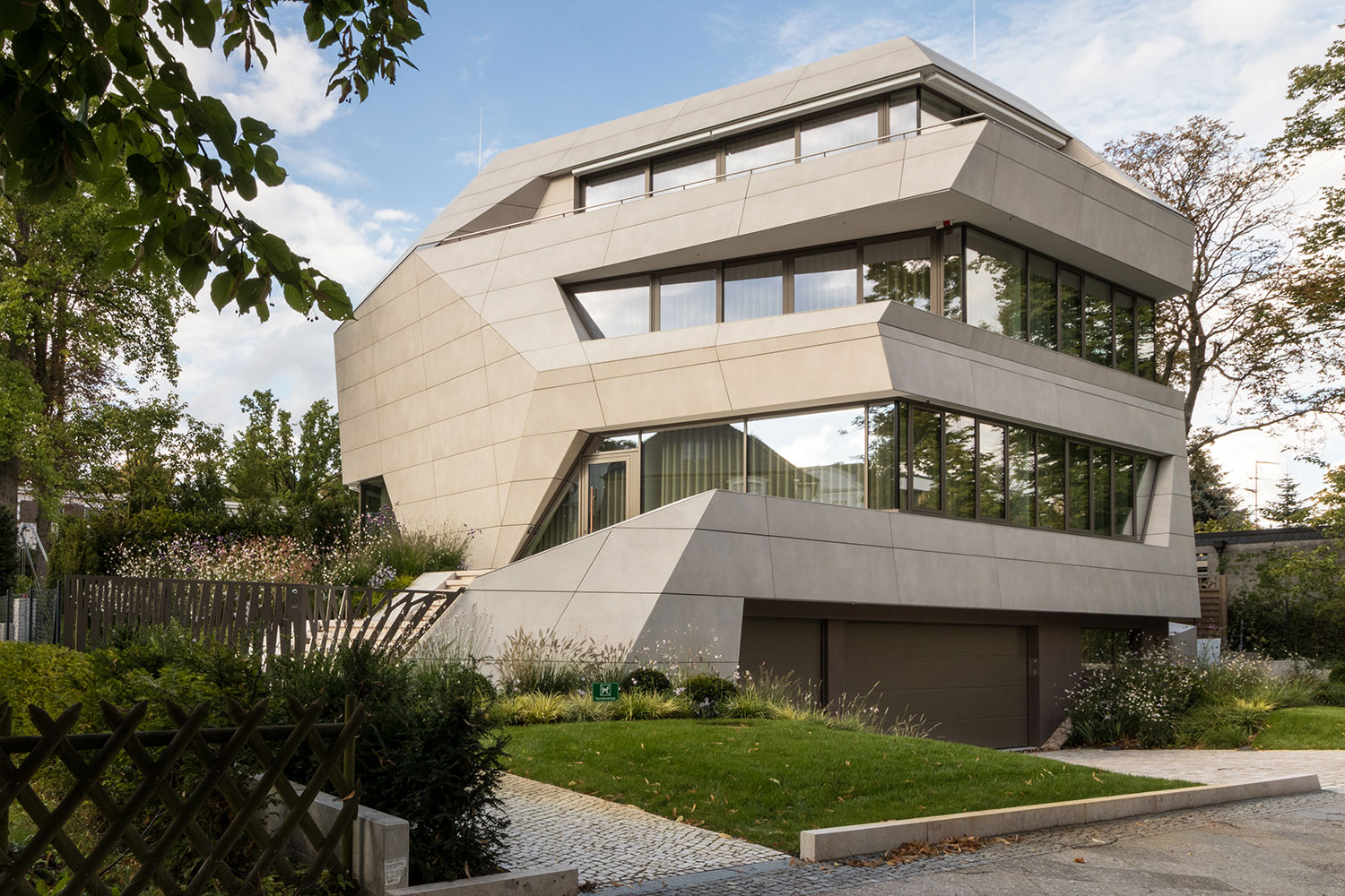Villa M in Berlin – VidroStone High Tech Keramik-Fassade